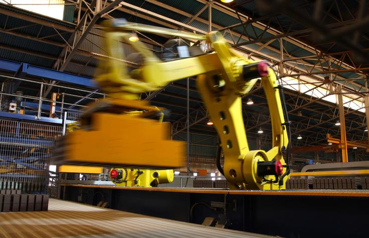 Beginner S Guide To Robotic Machine Tending Robotics Blog