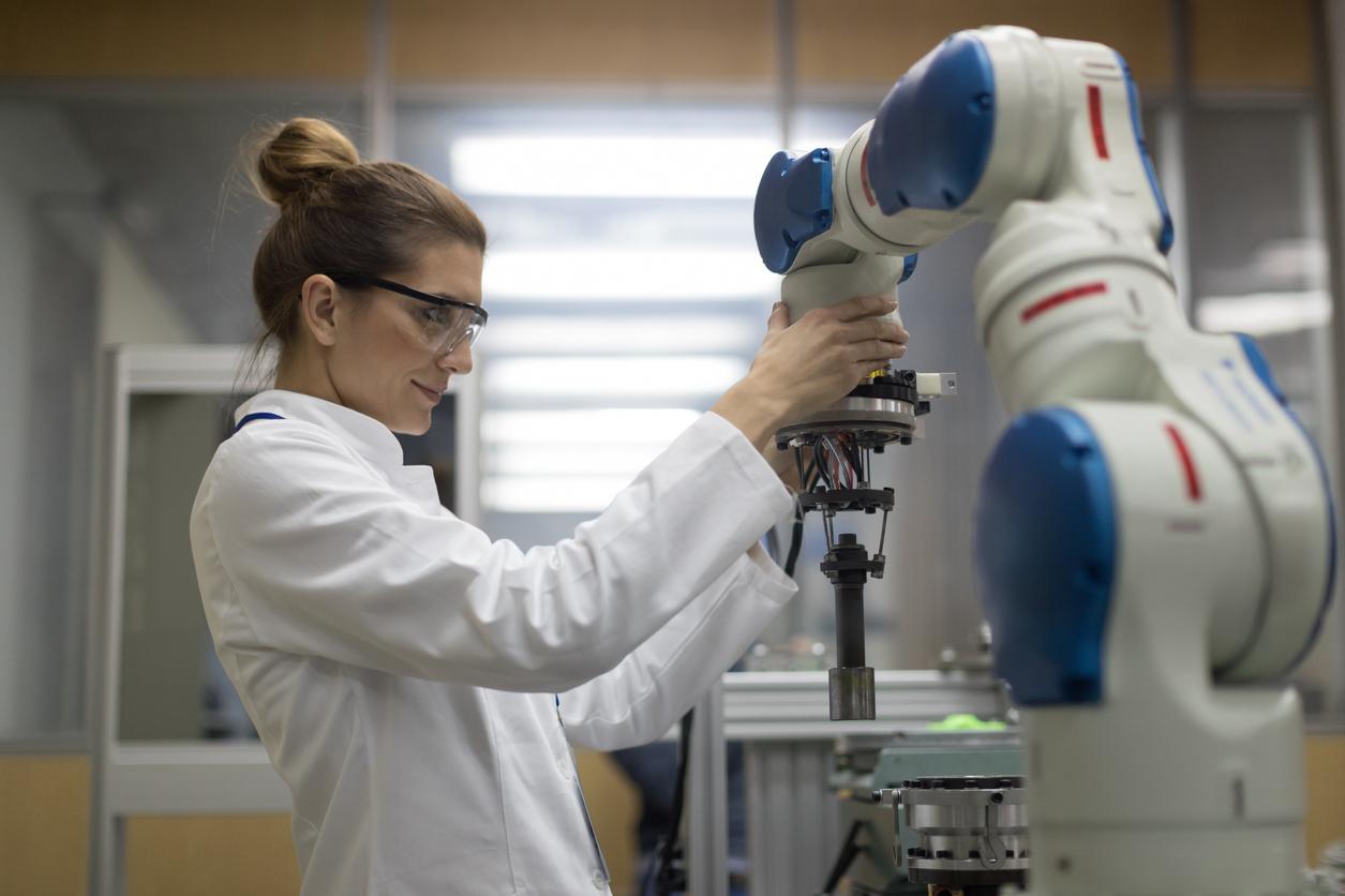 Collaborative Robots Uses In Laboratories Robotics Blog